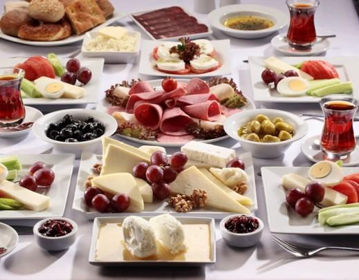 Onbeperkt en uitgebreid ontbijten bij mesken for Turks restaurant amsterdam