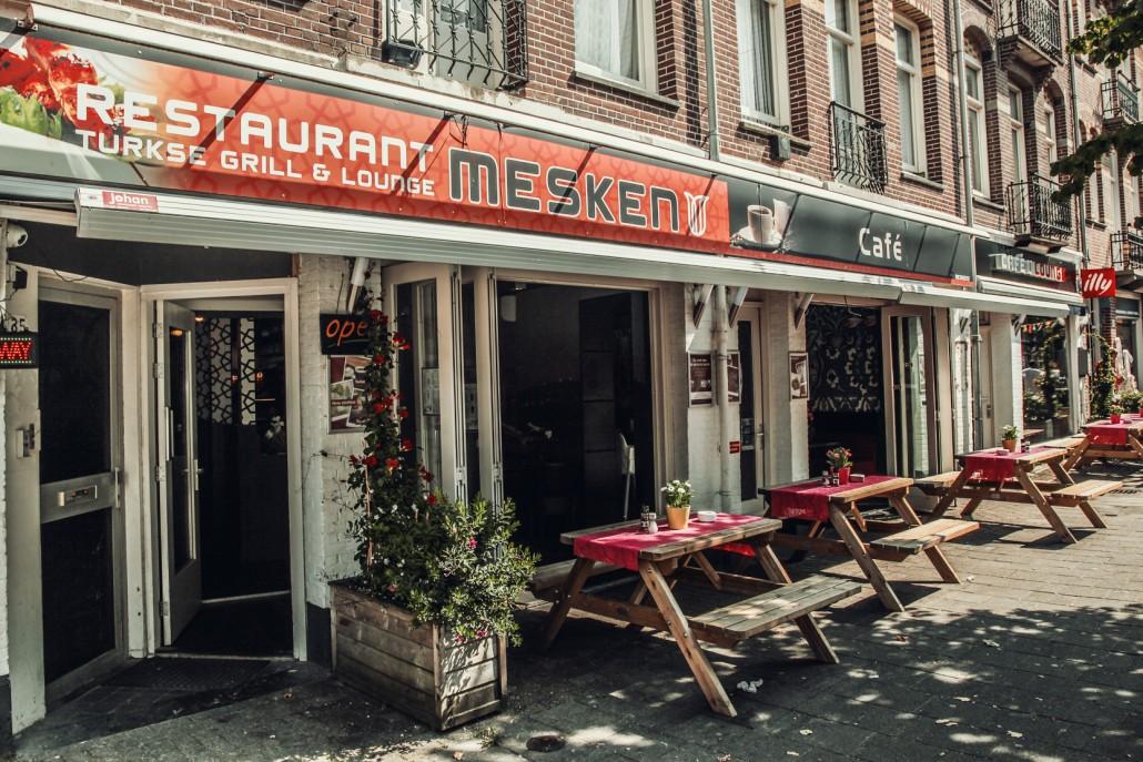 Onbeperkt en uitgebreid ontbijten bij mesken for Turkse kapper amsterdam oost