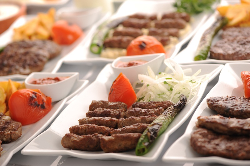 De turkse keuken is niet alleen lekker restaurant mesken for Turkse kapper amsterdam oost